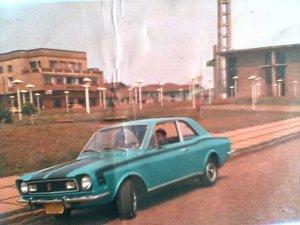 Na Foto carrão da época, Crescencinho (in memmoriunn) já tinha bom gosto por automóvel naquela época!!