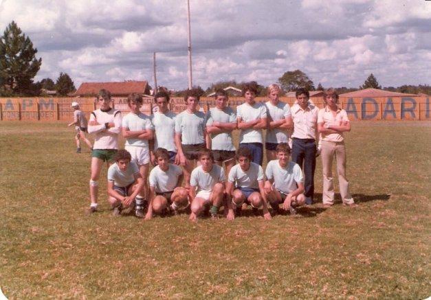 equipe-do-canarinho-fundacao-primeiros-jogos-comeco-da-equipe-no-estadio-do-tabu-fora-do-estadio-do-estrelinha-sede-oficial-do-canarinho-fc-anos-70