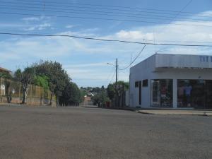 rua que vai ao posto de saude